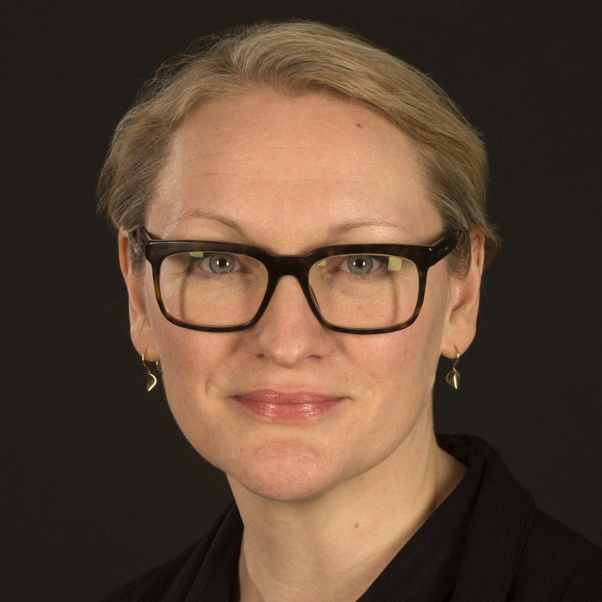 Dr Vaneesha Gibbons